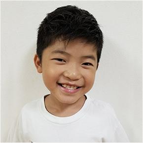村上 仁さん(8歳)